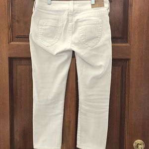 True Religion ladies white Capri jeans - Size 28